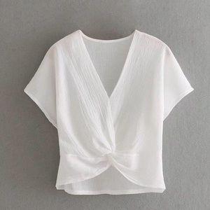 💗ZARA💗 white tie front textured blouse